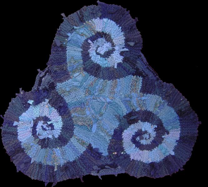 28 Blue Triple Spiral