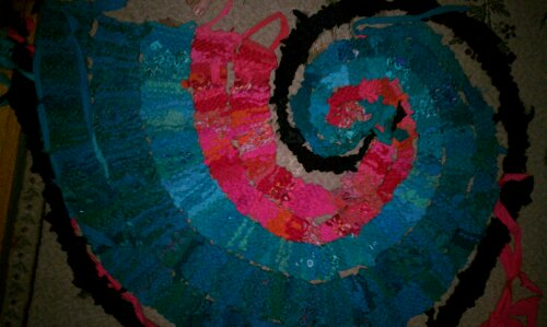 Teal & Peach Nautilus rag rug, WIP picture