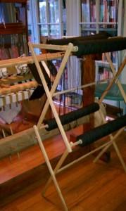 Drying rack holding warp cones